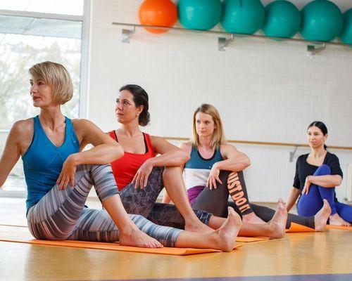 Yoga in der Hugo-Kunzi-Halle beginnt wieder!