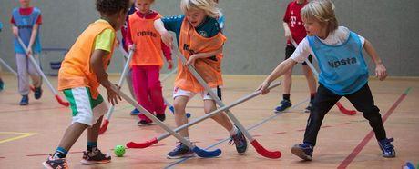 Floorball-Sommercamp für Kinder